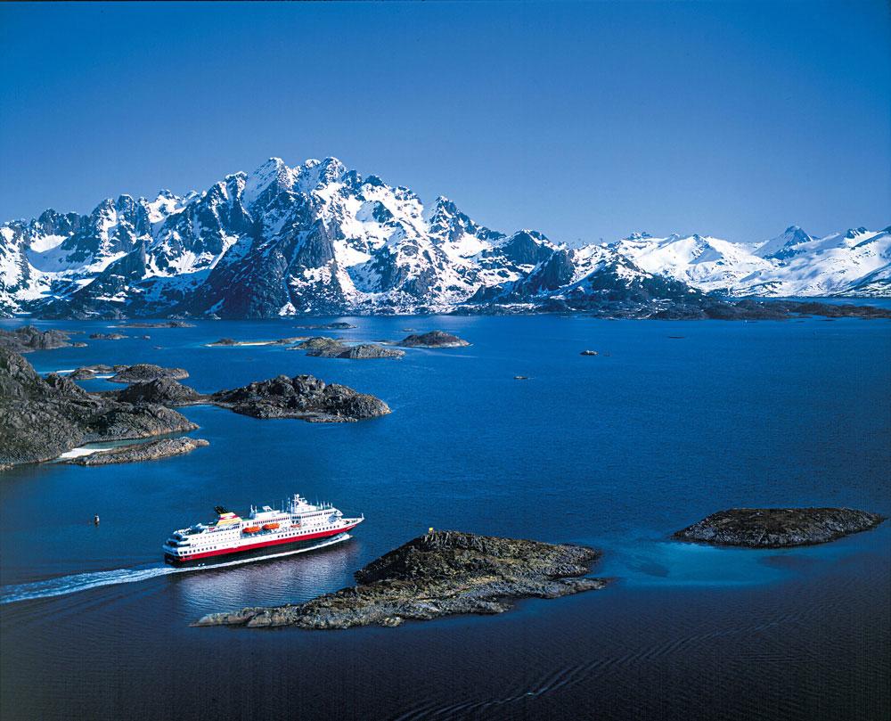 crucero por el oceano glacial artico