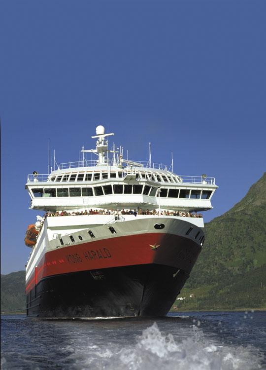 crucero por el oceano glacial artico noruega