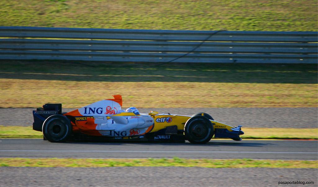 Fernando Alonso R28