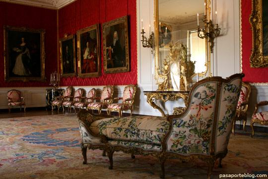 Salones y habitaciones del Palacio de Versalles, Paris, Francia