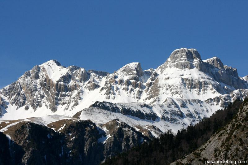 valle de anso y valle de hecho, pirineo aragones, españa