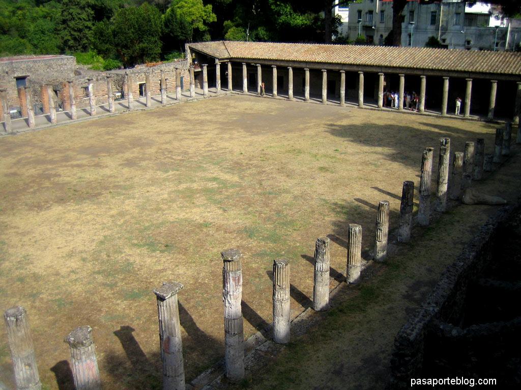 Pompeya, Cuartel de los Gladiadores