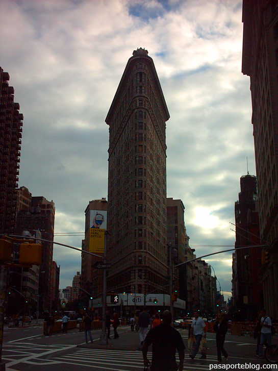 edificio flat iron building