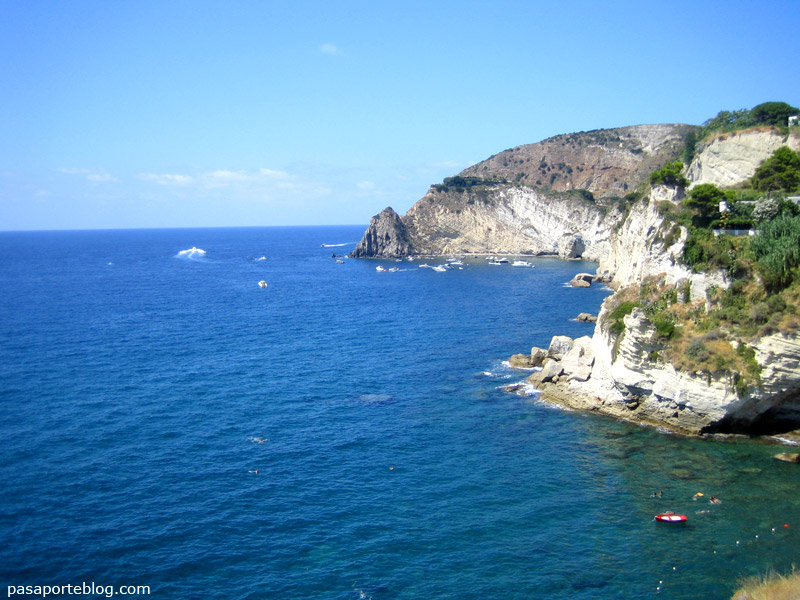 Isla de Ischia, Mar Mediterraneo. Italia