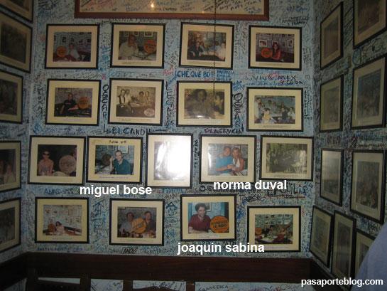 Fotos de famosos en La Bodeguita del Medio, Habana