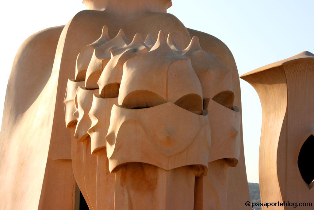 Chimeneas de la casa La Pedrera, Gaudi Barcelona
