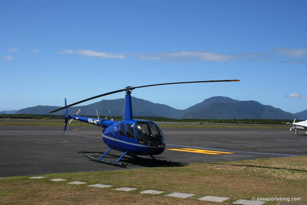 helicoptero sobre la gran barrera