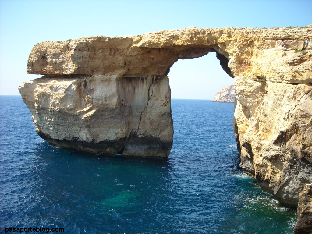 Blue window isla de Gozo, Malta