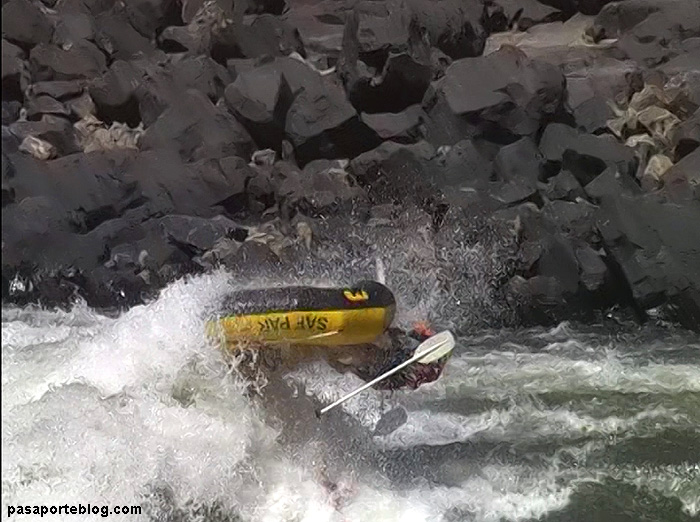 Rafting Extreme Zambezi River, Victoria Falls