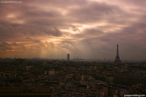 paris y la torre eiffel