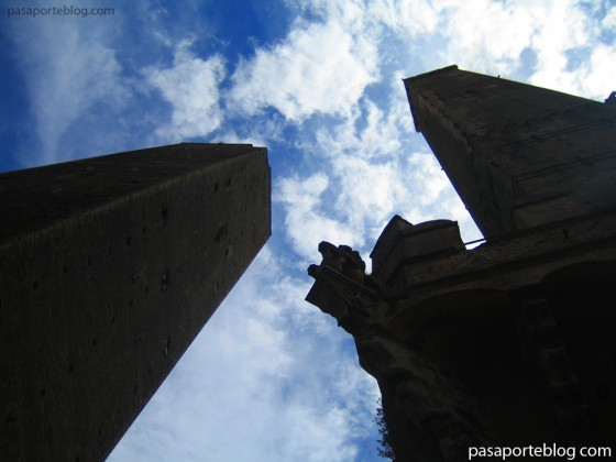 Las Dos Torres Garisenda y Asinelli Bolonia