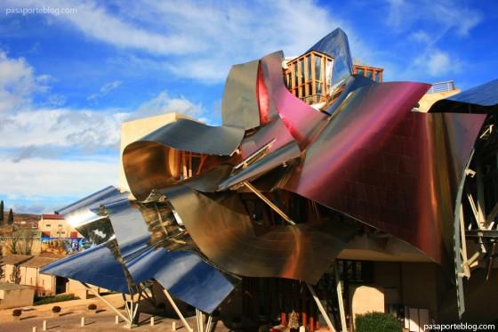 Bodegas marqu s de riscal hotel arquitectura del vino frank gehry - Arquitecto bodegas marques de riscal ...