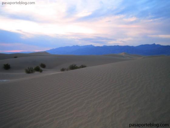 dunas-de-arena-en-death-valley-viaje-costa-oeste