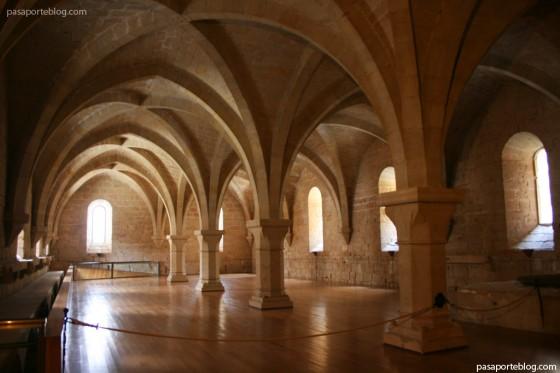 arquitectura cisterciense poblet monasterio vimbodi