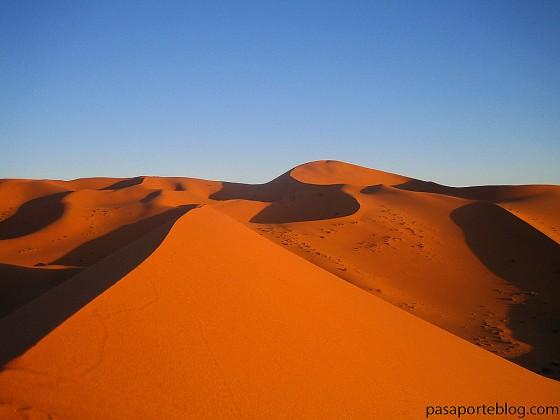 Desierto del sahara, dunas en Marruecos