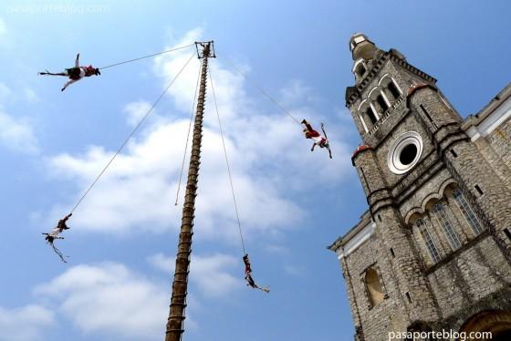 Los Voladores de Cuetzalan, mexico