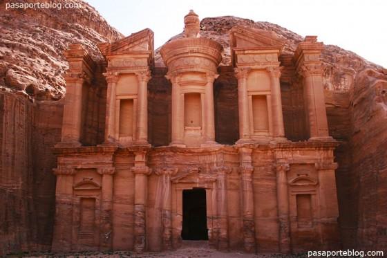 Turismo en la ciudad de Petra, viajes a Jordania