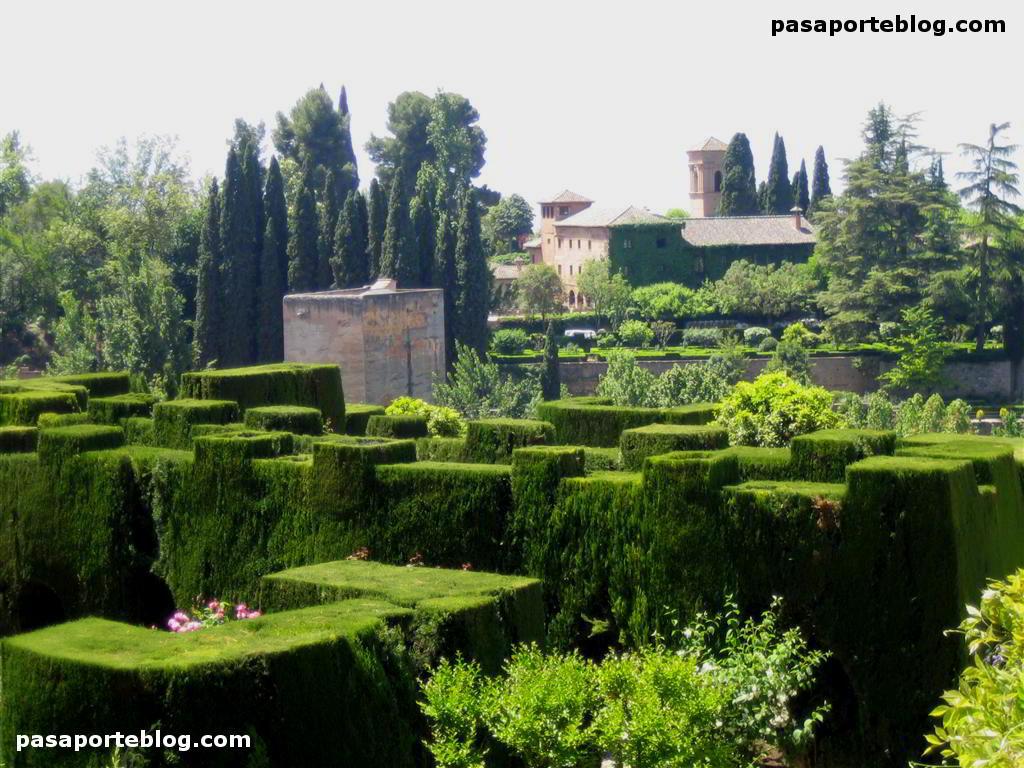 El generalife alhambra de granada for Jardines alhambra