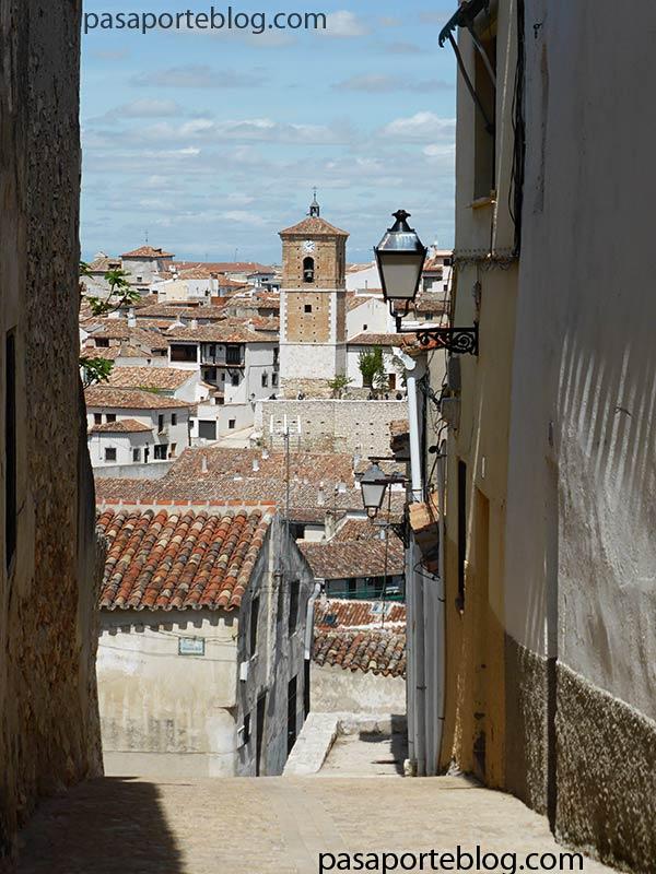 calles del pueblo de chinchon madrid