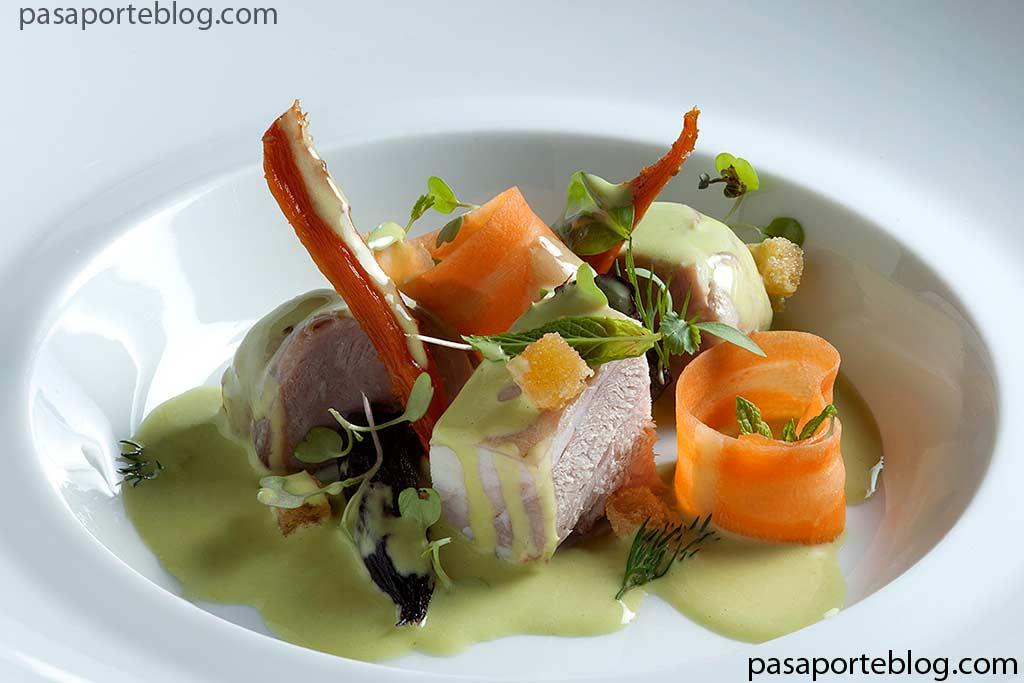 Paletilla-de-cabrito-con-zanahorias-y-jugo-de-hierbas-ricard-camarena-restaurant-valencia