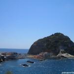 Ischia, una isla frente al Vesubio.
