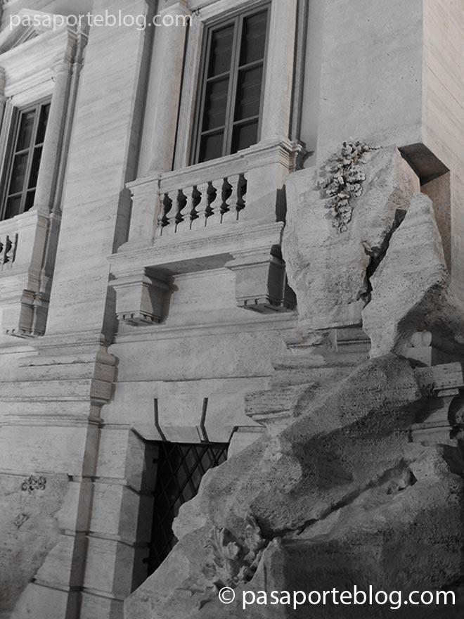 fachada-de-la-fontana-de-trevi-roma
