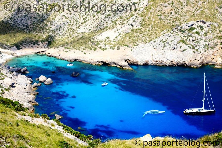 Cala-Figuera-camino-a-Cabo-de-Formentor-viaje-a-mallorca