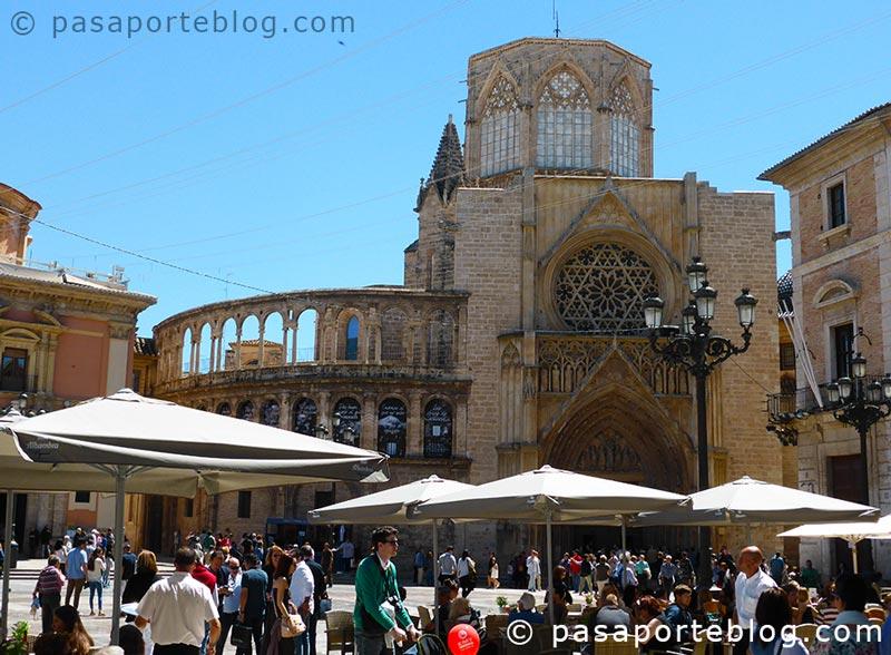 plaza-de-la-virgen-y-catedral-de-valencia