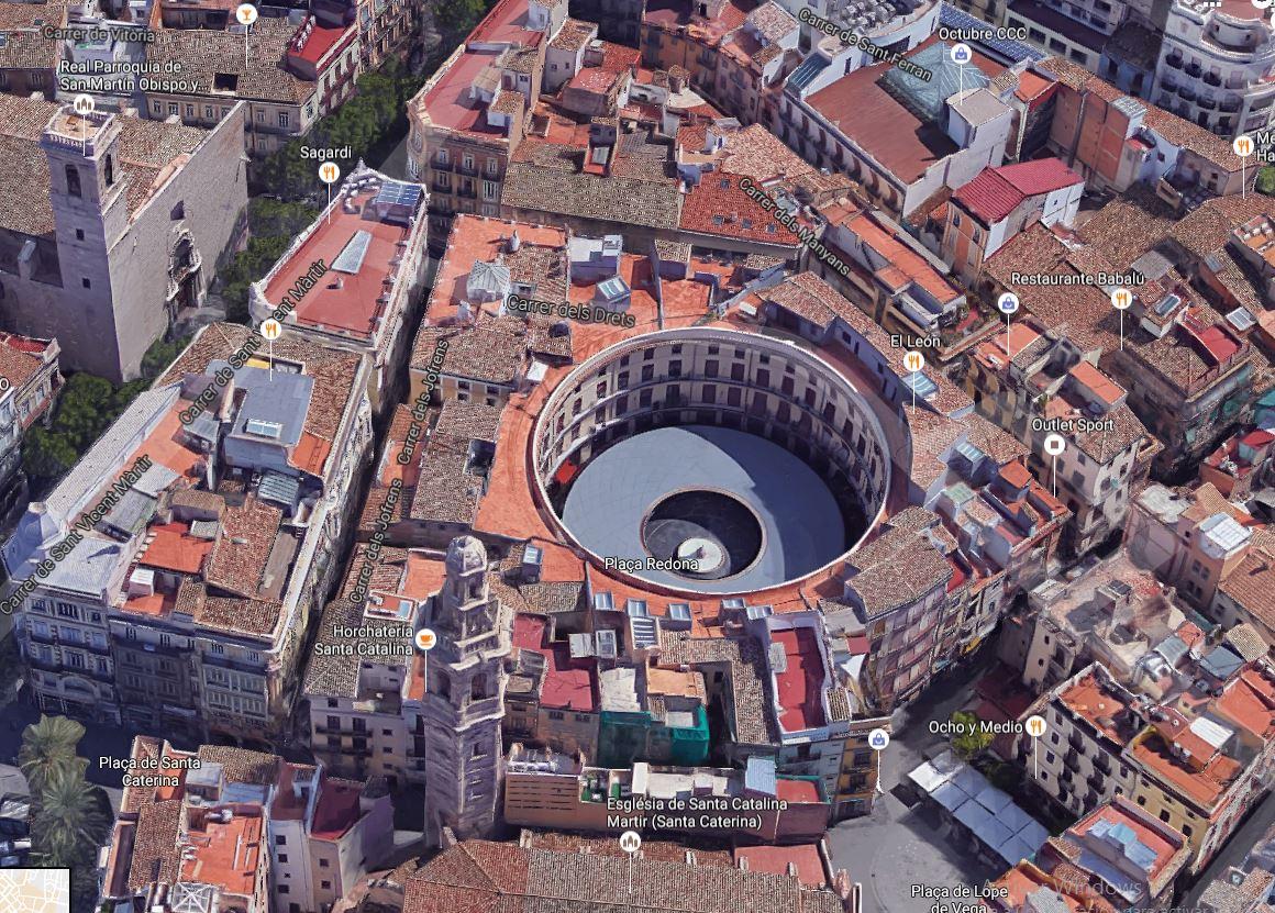 centro histórico de valencia vista aerea de la plaza redonda, la torre de santa catalina valencia