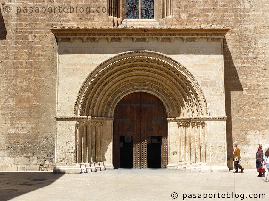 puerta-del-palau-puerta-romanica-catedral-valencia