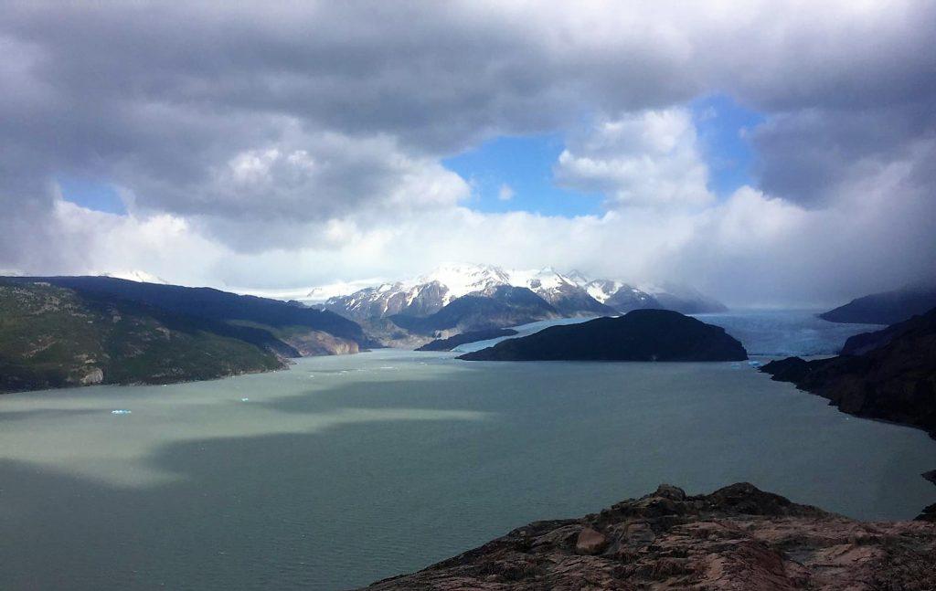Torres del Paine. Refugio Paine Grande a Refugio Grey y Mirador Grey, y vuelta, Patagonia, viaje a Chile
