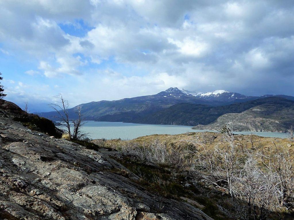 Torres del Paine. Refugio Paine Grande a Refugio Grey y Mirador Grey, y vuelta